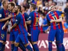 Competición multa al Valencia por el botellazo y llama ridículos a los jugadores del Barça