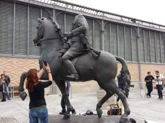 Imagen de la estatua de Franco que se puede visitar en el Born de Barcelona.