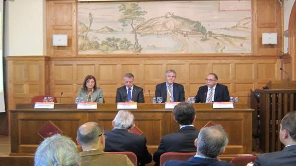 Apertura del foro de universidades y empresas.