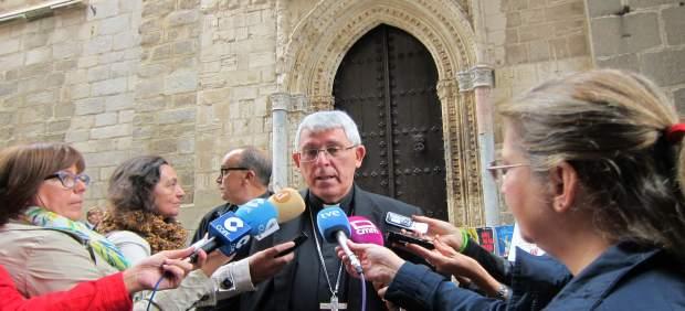 El arzobispo de Toledo atiende a los medios