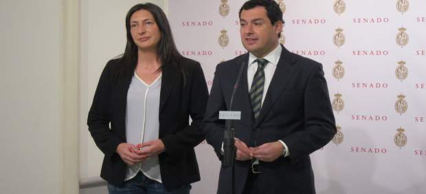 Juanma Moreno y Dolores López