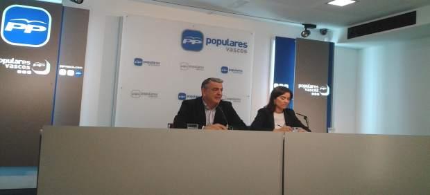 RUEDA DE PRENSA DE JAVIER DE ANDRES Y LETICIA COMERON