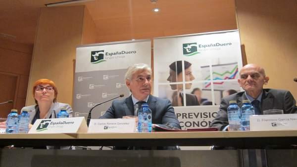 Ranera junto a los analistas de EspañaDuero analizan la situación