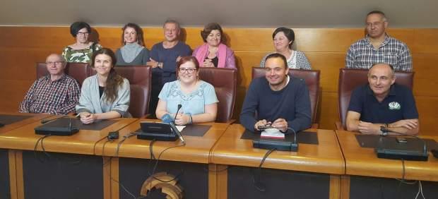 Diputados de Podemos con vecinos del Pilón y Prado San Roque