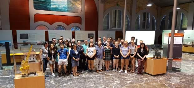 Nota. Estudiantes De Glasgow Caledonian University Conocen Proyectos Medioambien