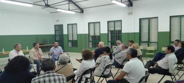 Un momento de la asamblea en Moriles
