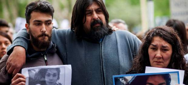 La familia de Lucía Pérez, la joven violada hasta morir en Mar del Plata, Argentina