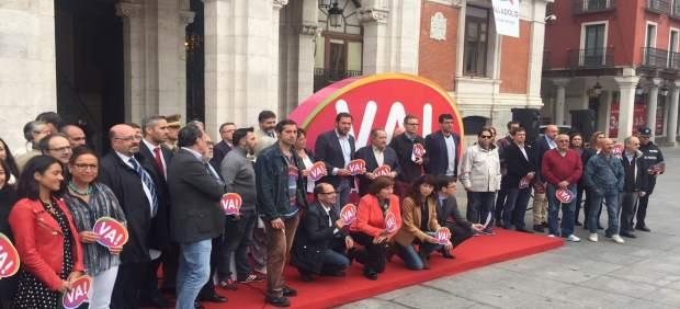 Foto con algunos de los asistentes a la presentación de la nueva marca de ciudad