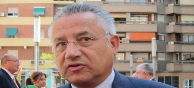 Miquel Domínguez no assistix al seu primer ple de les Corts com a diputat no adscrit