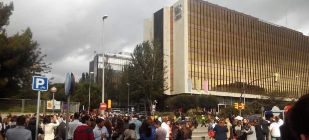 Incendio en el tejado de la sede central de Nestlé España
