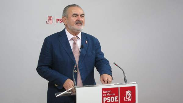 Imagen de Rafael González Tovar en la rueda de prensa
