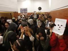 Tres concejales de Madrid se enzarzan por el boicot a González