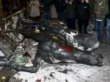Estatua de Franco tumbada