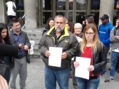 Los inmigrantes en el CIE de Aluche fueron arrodillados y golpeados, según ONG