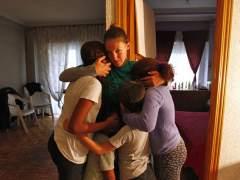 Una mujer y sus 4 hijos retrasa el desahucio de un piso que ocupan