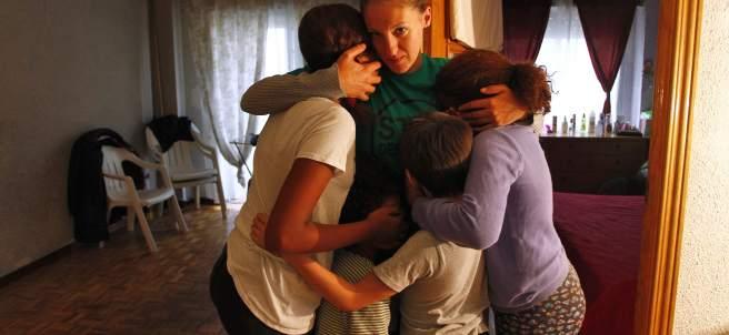 Verónica y sus cuatro hijos