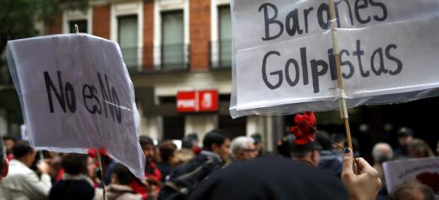 Protesta frente a Ferraz