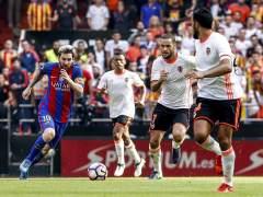 El Barcelona se lleva de Mestalla una victoria