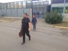 Deportados siete internos argelinos del CIE de Barcelona