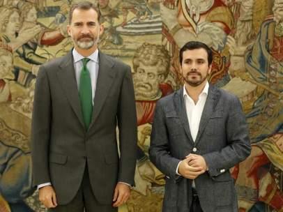 Alberto Garzón acude a la ronda de contactos con el rey Felipe VI