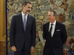 Directo: el rey encargará este martes a Rajoy que intente la investidura