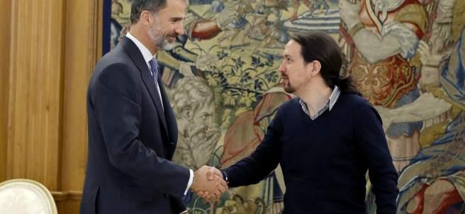 Pablo Iglesias, con el rey Felipe VI