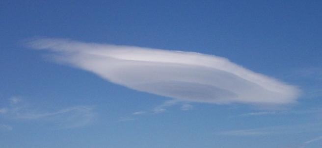 ¿Una formación nubosa o un ovni?