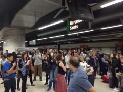 Puigdemont y alcaldes de toda Cataluña exigen a Fomento el traspaso de Rodalies