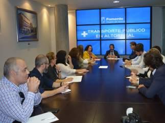 Reunión del consejero de Fomento e Infraestructura s con colectivos de Altorreal