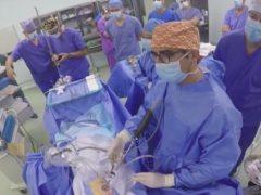 Cirugía con brazo robótico