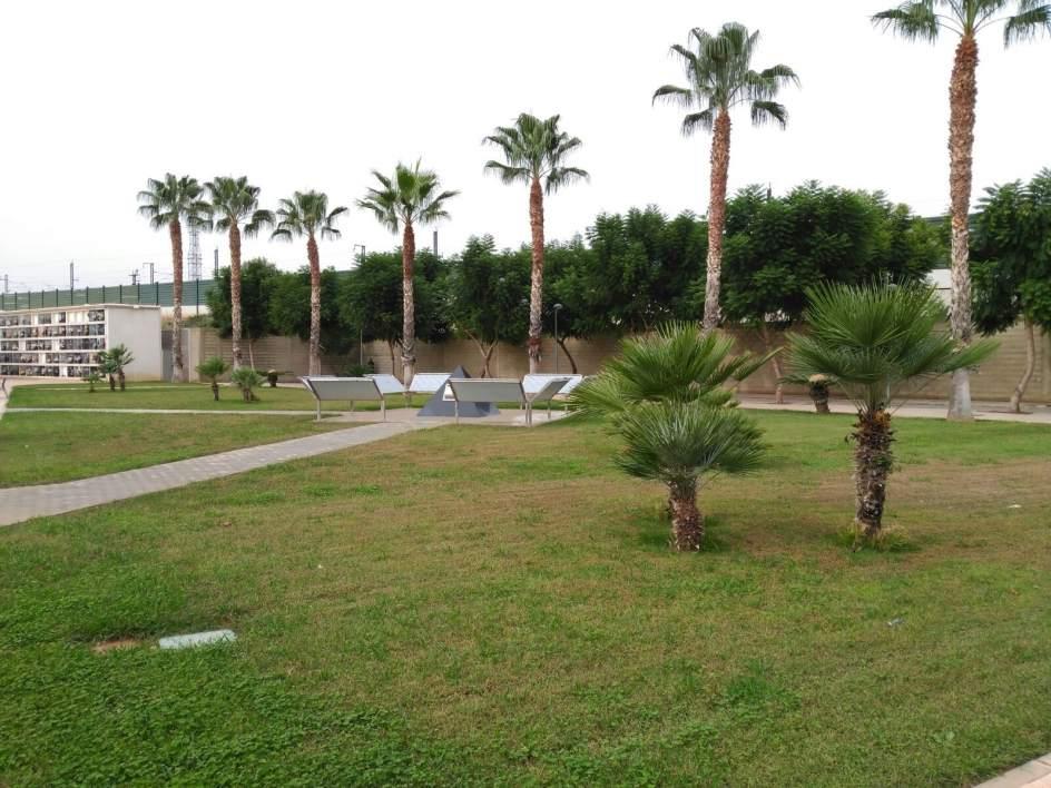 El cementerio general cuenta con un segundo dep sito for Cementerio parque jardin del sol pilar