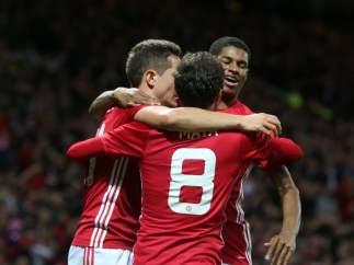 Gol de Mata para el United