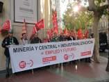 Protesta esta mañana en Zaragoza por la Central de Andorra.
