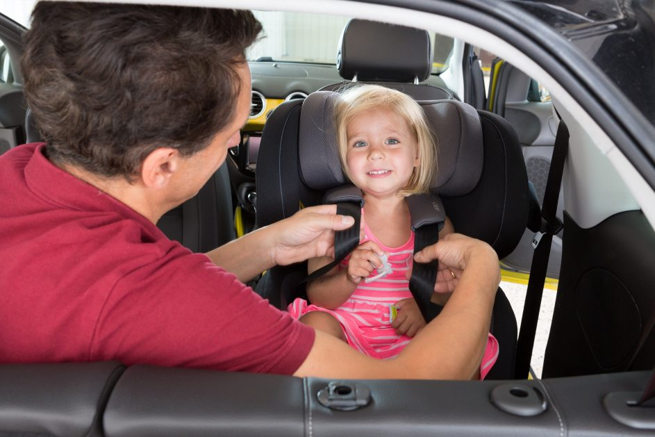 Los grupos de sillas infantiles para el coche que existen en espa a - Sillas de coche race ...