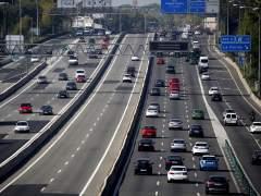 Atascos en Madrid y Barcelona al comienzo del puente de Todos los Santos