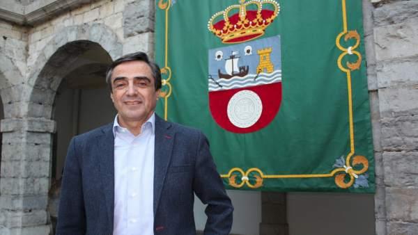 Ildefonso Calderón, diputado del PP y concejal de Torrelavega