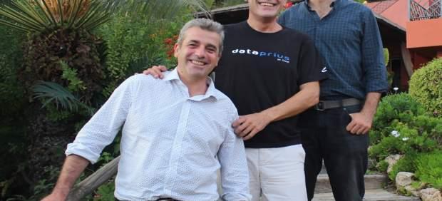 Francisco Javier Ruiz Garrido, josé Cerezo y Ignacio Domingo Corpas Dataprius