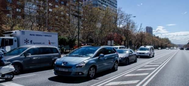 Coches, tránsito, Castellana, tráfico, contaminación, Madrid