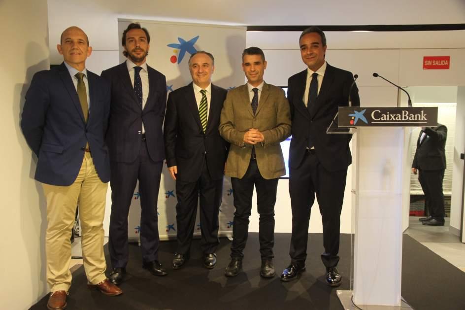 Caixabank inaugura en marbella su primera oficina 39 store for Pisos caixabank