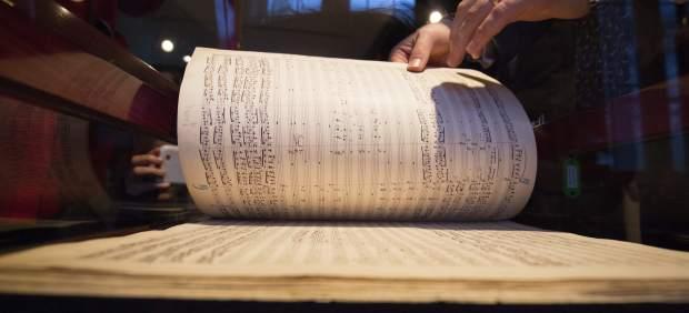 "Partitura ""Sinfonía Resurrección"" de Gustav Mahler"