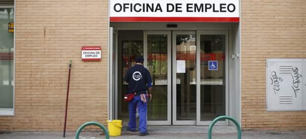 La seguridad social obliga a una enferma de c ncer con for Oficinas caixa malaga