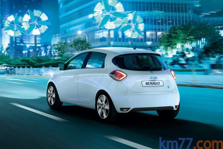 Imagen del Renault ZOE en circulación