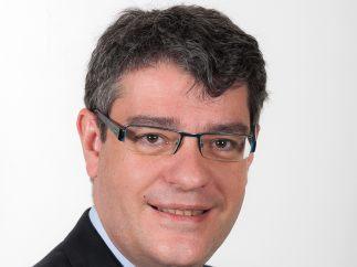 Álvaro Nadal - Energía y Turismo