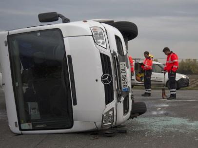 Choque de un minibús escolar en Vitoria