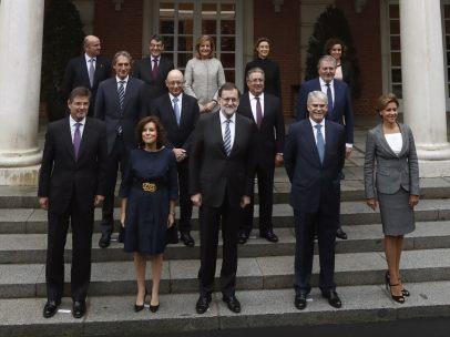 Foto de familia del nuevo Gobierno de Rajoy