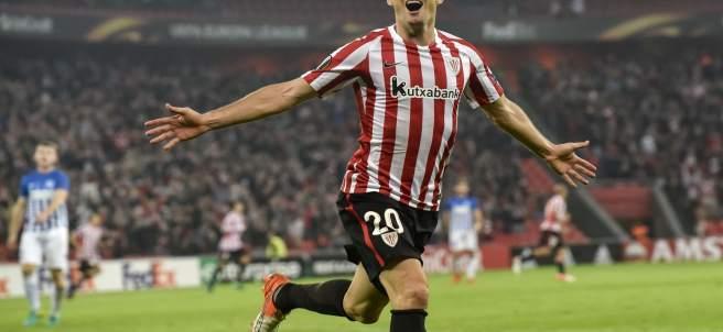 Aritz Aduriz marca cinco goles en la Europa League