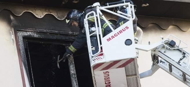 Incendio en una vivienda en Zaragoza