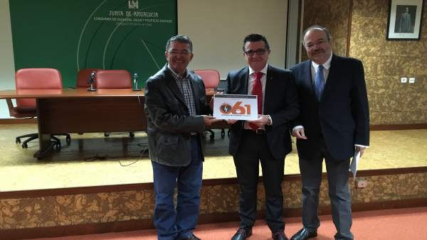 Ernesto Pardo, junto a Manuel Herrera y Jesús Enrique Martínez.