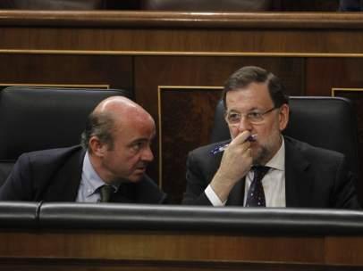 Mariano Rajoy y Luis De Guindos en el Congreso