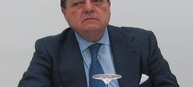 Ave urge al gobierno a fijar fecha para el ave barcelona for Trabajo urge barcelona